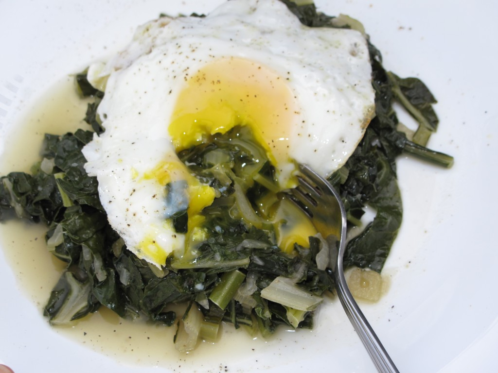 Post image for Braised Greens with Fried Eggs